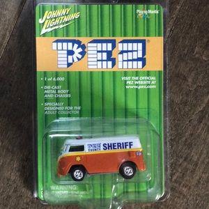 Johnny Lightning Pez limited edition sherif van